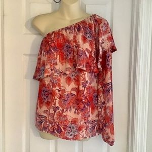 Belle & Sky Pink Floral Ruffle One Sleeve Blouse
